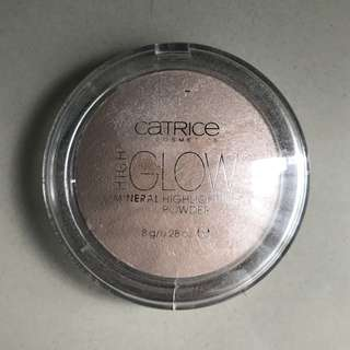 Catrice mineral highlighting powder - light infusion
