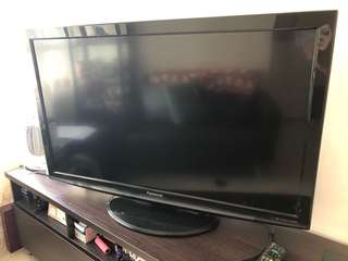 Panasonic TV 42' 85% new 價錢可議