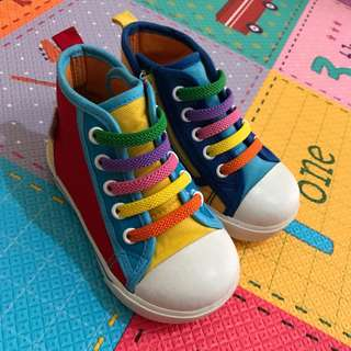 🚚 近新 why and 1/2 不對稱童鞋 尺寸20