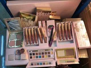 Kylie take me to vacation gift set