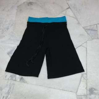 Stretchable Knee Length Pants