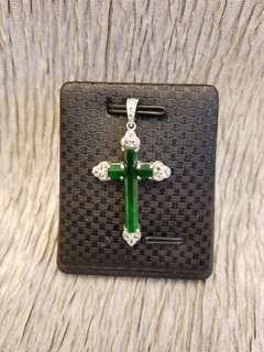 18k白金鑽石玉十字架吊咀