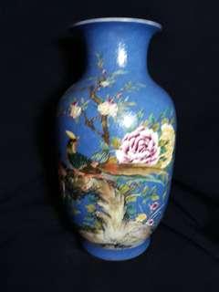 Qing era Yong zhen mark 法珢彩花鸟并38cm H,特价。