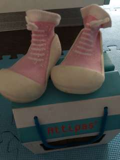 Attipas shoe socks
