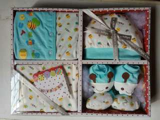 Newborn gift RM30 each