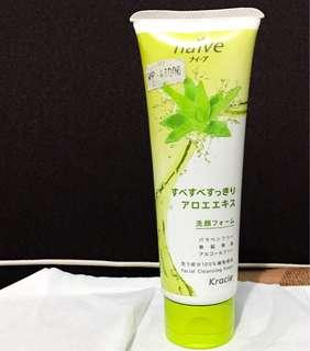 Naive Sabun Cuci Muka Facial Cleansing Foam