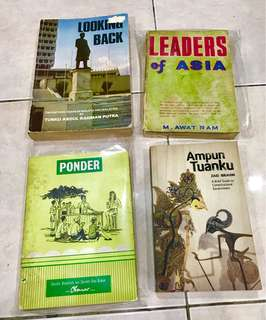 Political Books  Looking Back - RM80 Leaders of Asia - RM50 Ponder - RM50 Ampun Tuanku - RM20