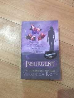 Buku Insurgent (bahasa Inggris)