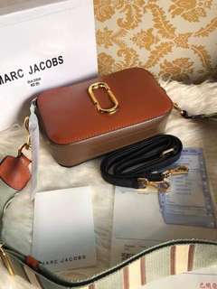 MARC JACOBS CAMERA BAG