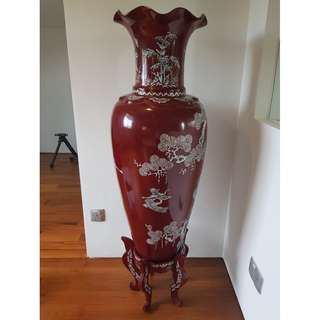 Vase w Mother of Pearl (Rare)