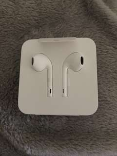 Brand New- Authentic Apple Earphones