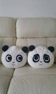 Cushions from Singapore Zoo (For display only)