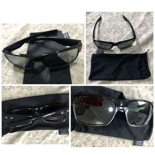 RUSH Authentic Oakley Twoface Wayfarer sunglasses Large