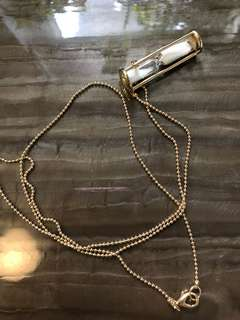 marc by marc jacobs hourglass necklace pendant