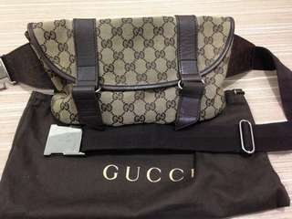 100% Gucci belt bag