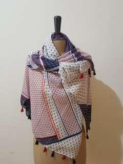 Hera scarf