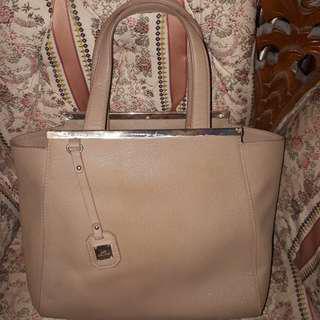 Les Catino Handbag