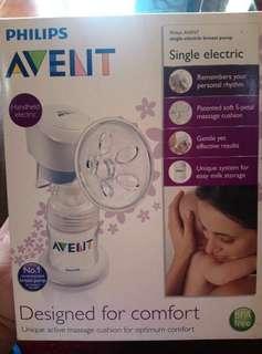 Single Electric Breast pump (org. price 11,500)