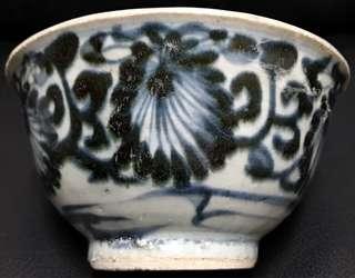 清早期青花菊紋碗