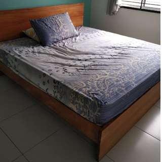 King Size Bed Frame <Move Out Sales>