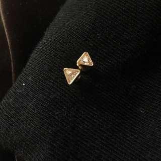 🚚 三角包邊白鑽耳環
