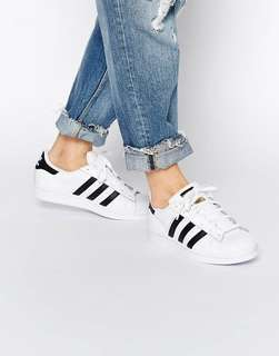 🚚 Adidas super star 金標 23.5cm