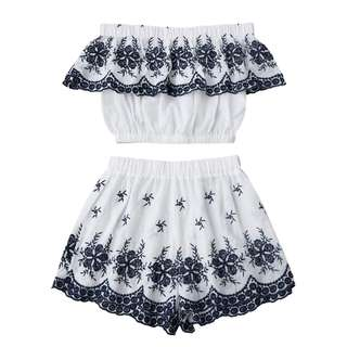 Ruffles Crop Top With Shorts