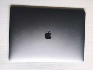 Macbook Pro 15吋 (含apple care)