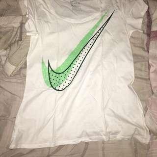 ‼️free shipping ‼️ auth Nike Shirt