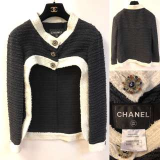 Chanel black and white jacket size 36