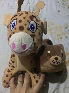 Giraffe&Dog