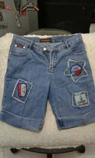 Celana pendek jeans size 29