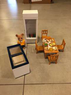 Sylvanian Families dollhouse furniture, toy coolers