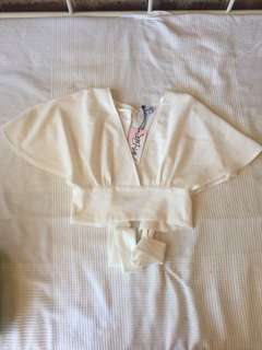 White tie up crop top size 6 flowy moolola brand new with tags bnwt