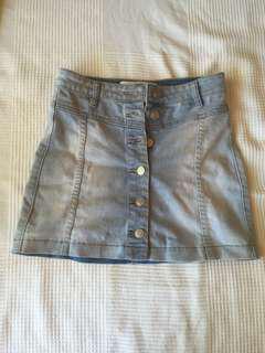 Denim skirt size 6 light blue button down