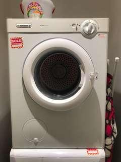 Dryer (Laundry)
