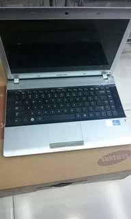 Laptop samsung core i3 mulus fullset