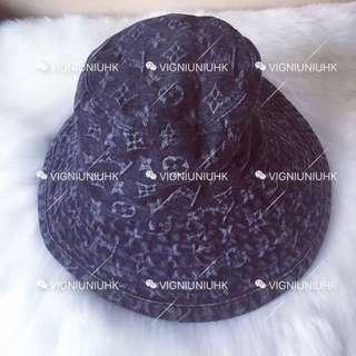 (Sold) LV vintage 黑灰色牛仔漁夫帽