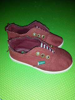 Local Shoes for ur little one