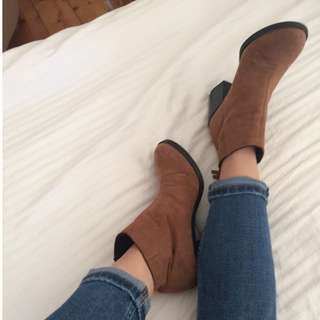 H&M brown suede heeled boots