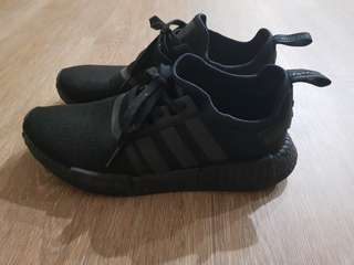 Adidas NMD triple black US10