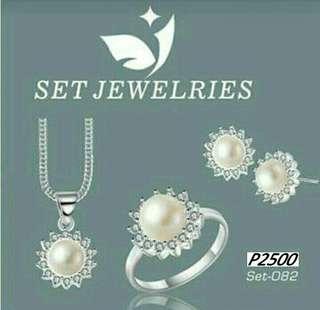 92.5 Authenric Silver Set