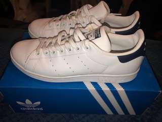 Adidas Stan Smith Shoes. Size 8 US Men's / 41 EU
