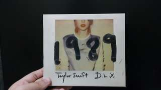 Taylor Swift's 1989 Deluxe album
