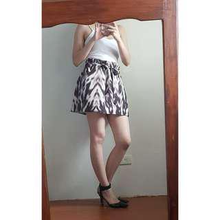 Bebe Skirt with belt