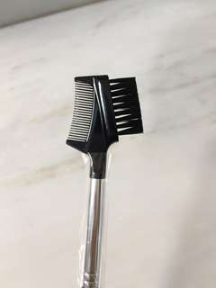 (NEW) Sephora Brow comb / brow brush