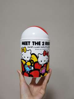 Hello Kitty tabletop bin