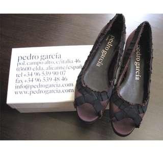 Pedro Garcia Peep Toe Flats