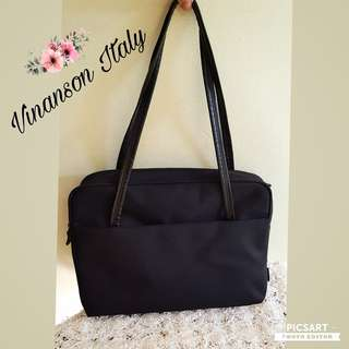 VINANSON Italy Handbag/Document Bag/ Laptop Bag/ Notebook Bag. Black. Waterproof & Durable material with leather handles. Fits A4. Good Condition, still looks good and has no tear. Size as in photo. Good Condition. $10 Clearance offer, sms 96337309.