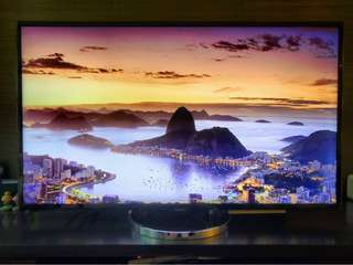 Sony 55 inch 4K 3D TV with free TV Console